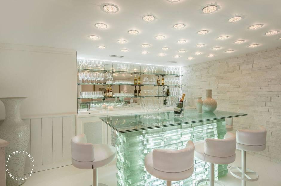 Chalet White Dream Courchevel bar
