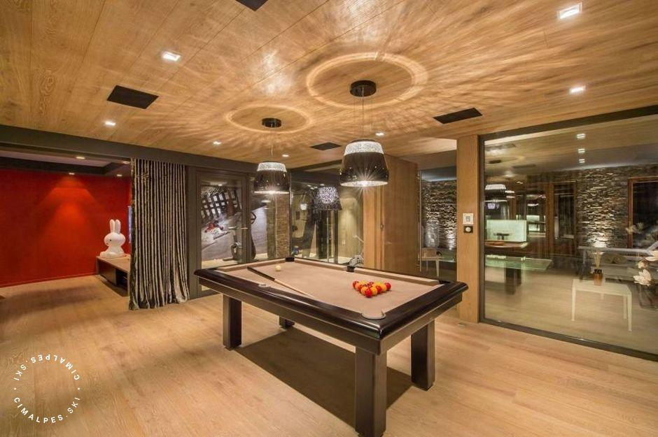 Billard - Chalet Oveview - Courchevel Moriond