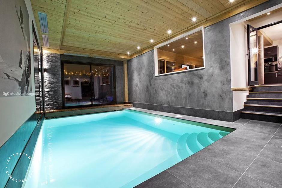 Interior private swimming pool | Chalet Samarra | Courchevel Village