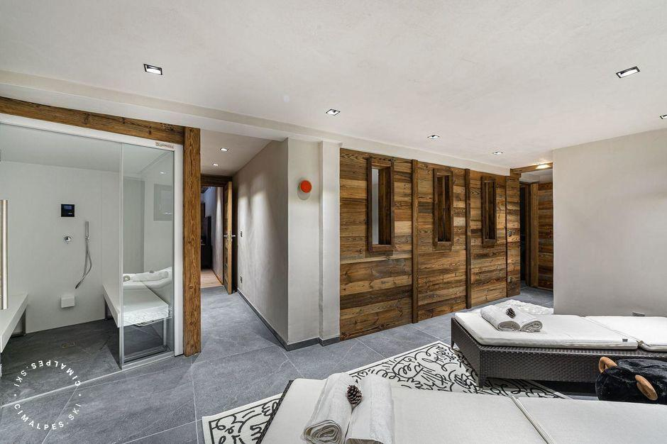Relaxation area with hammam |Chalet Arphege | Megeve