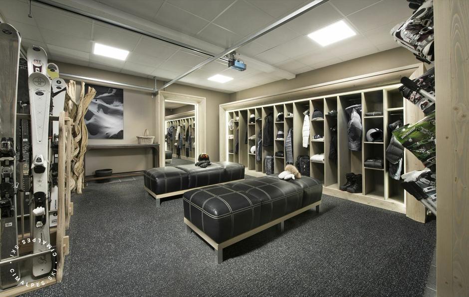 Ski room | Chalet Black Pearl | Val d'Isere