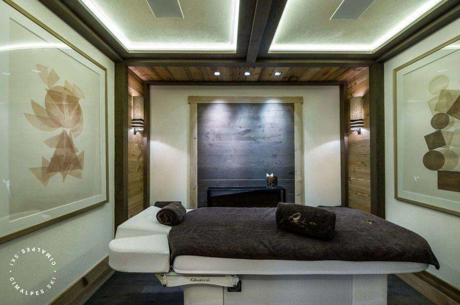 Chalet Nanuq Courchevel massage room