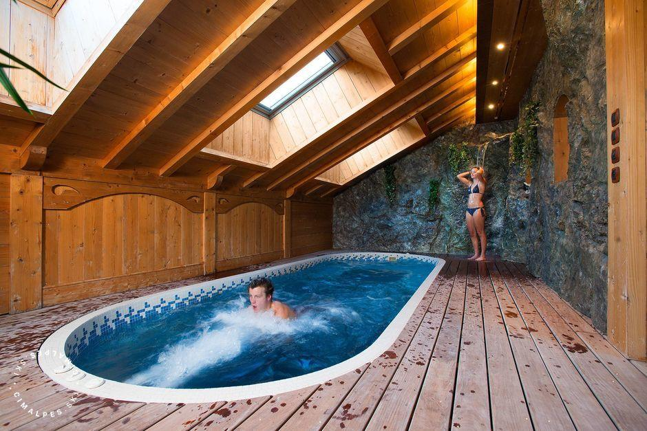 Indoor swimming pool, Chalet Tyrosolios, Meribel