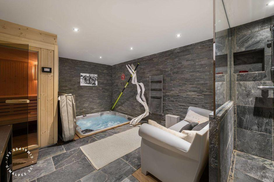 Jacuzzi | Appartement Pure 1 | Courchevel Le Praz