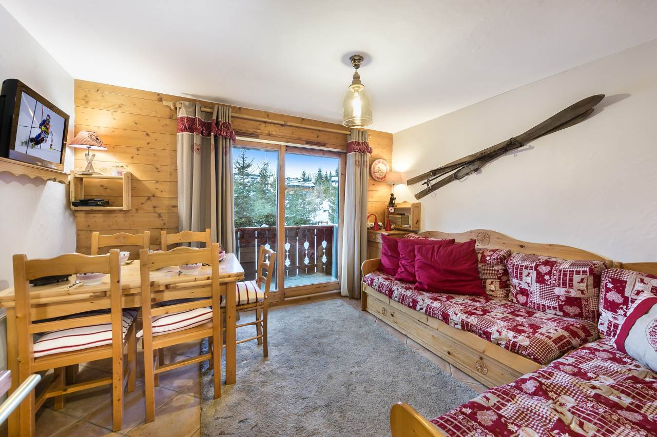 BEAUTIFUL 3-ROOMS APARTMENT FOR SALE