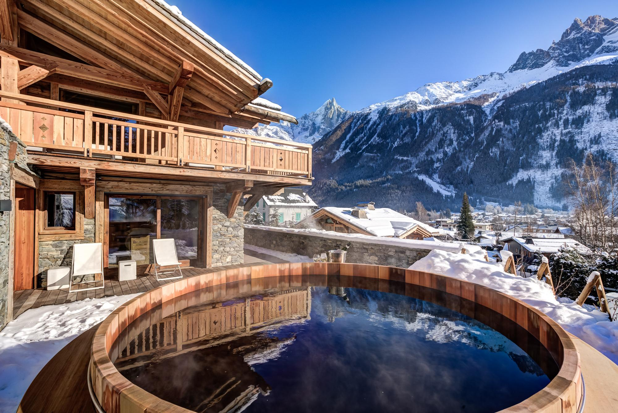 Chamonix accommodation chalets for rent in Chamonix apartments to rent in Chamonix holiday homes to rent in Chamonix