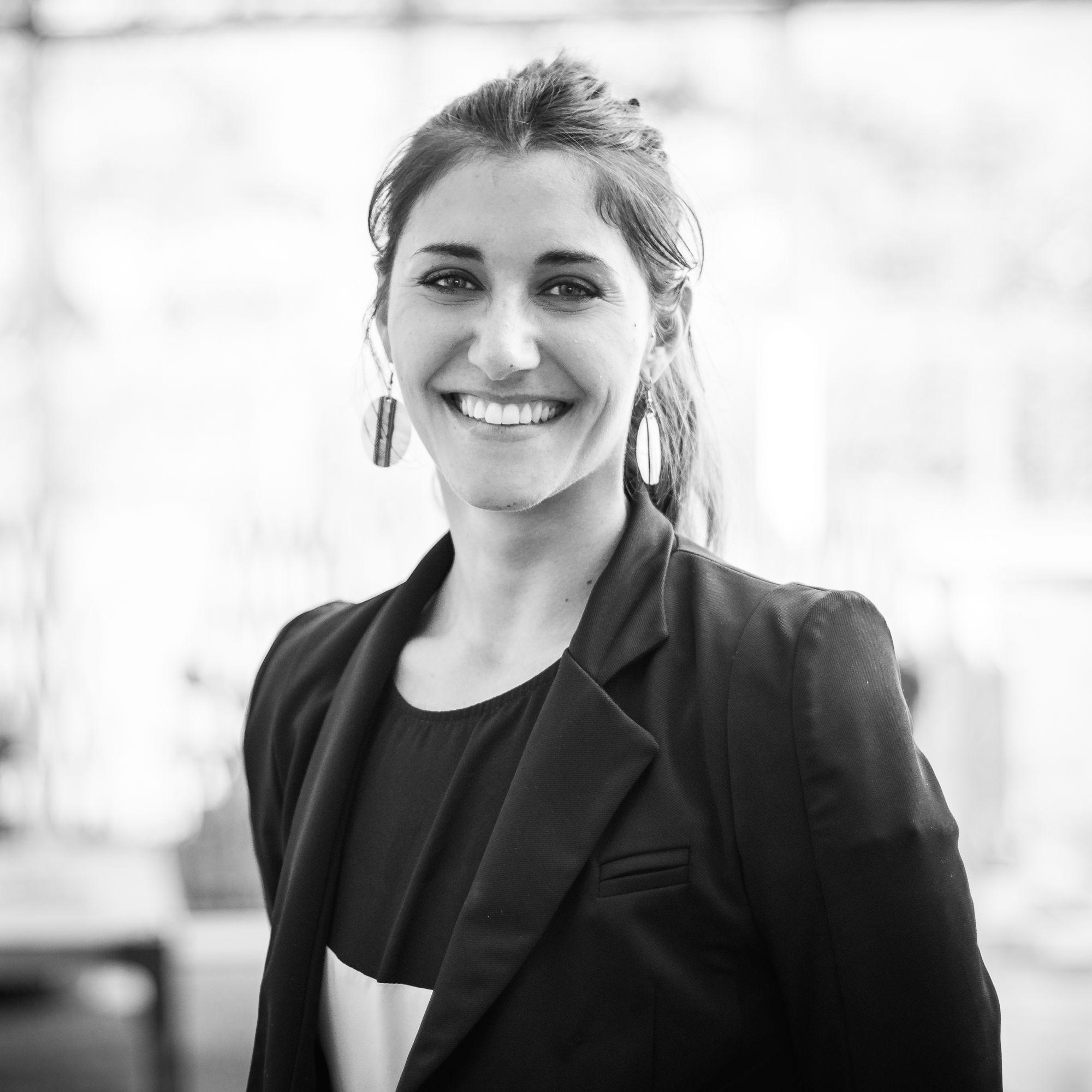 Jessica Descombes | Property Sales Manager | Cimalpes